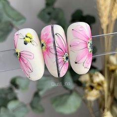 Fall Acrylic Nails, Fall Nail Art, Pastel Pink Nails, Butterfly Nail Designs, May Nails, Nail Stencils, Gold Glitter Nails, Seasonal Nails, Pin On