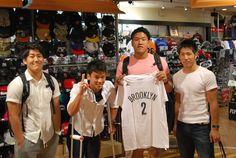 【大阪店】2014.09.19 アメフトのプレイヤーの皆様です!!アメフトコーナーやNBAのコーナーを楽しそうに回って下さいました!ありがとうございます!また遊びに来てくださいね!!