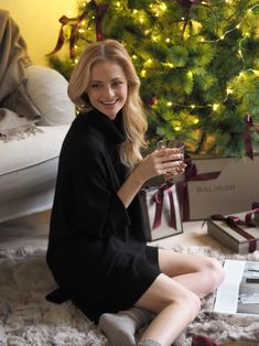 Wrap yourself or someone special in Cashmere this Christmas. The Vittoria cashmere tunic is the perfect gift idea for a loved one.
