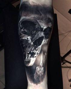 Unglaublich realistisches Tattoo mit atemberaubenden durch den Einsa… Incredibly realistic tattoo with stunning effects through the use of … – Tattoos – Original, unusual, ornate – # Trendy Tattoos, Black Tattoos, Cool Tattoos, Amazing Tattoos, Skull Sleeve Tattoos, Body Art Tattoos, Wing Tattoos, Tatoos, Dark Tattoo