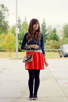I desperately want to re-create this outfit. Too cute.