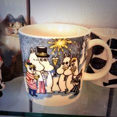Vintage Muumi Tove Jansson, Moomin Mugs, Uppsala, Marimekko, Mug Shots, Scandinavian Style, Tea Cups, Ceramics, Dishes