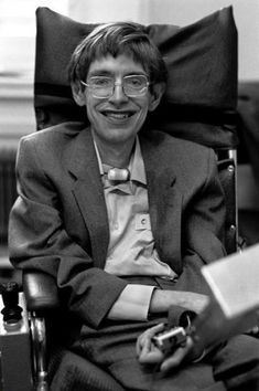 Stephen Hawking, Cambridge, England, photographed by Ian Berry Stephen Hawking Young, Stephan Hawkings, Deep Photos, People Of Interest, Ludwig, Physicist, Science, Historical Photos, Role Models