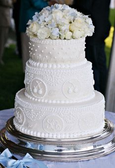 White Wedding Cake with White Piping - The most beautiful and stylish cakes of the year - Wedding Cake