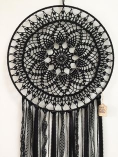 Black Magic BOHO Dreamcatcher ~ Crochet Doily, Lace, Feathers byThis black magic dreamcatcher is the right complement to your unconventional midnight model. Product Description Measurement: 15 Hoop, 36 Size (Whole) Doilies: Black Yarn Feathers: Black Giant Dream Catcher, Doily Dream Catchers, Black Dream Catcher, Dream Catcher Boho, Crochet Home, Diy Crochet, Crochet Crafts, Crochet Projects, Crochet Pillow
