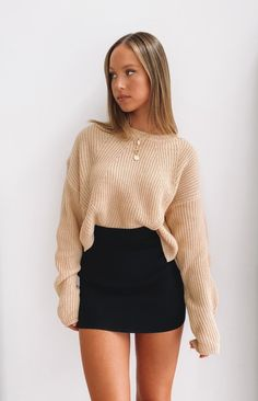 You don't have to tell us why to love the Tell me Knit Skirt Black! This knitted mini skirt is soft and comfortable, perfect for any occasion! Adrette Outfits, Cute Skirt Outfits, Trendy Fall Outfits, Winter Fashion Outfits, Cute Skirts, Girly Outfits, Cute Casual Outfits, Look Fashion, Stylish Outfits