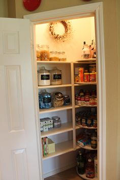 Tips and Tricks to Organizing Your Kitchen Pantry.