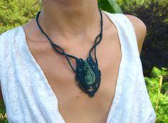 Jade macrame necklace, vintage style handmade, Brass bead pendant necklace, Retro elegant jewelry, Green jade gemstone necklace.