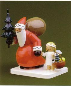 Santa Delivering Christmas Tree And Presents With Angel - Wendt & Kühn