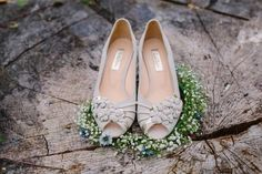 Nude Peep Toe Sandals - Vintage Inspired Wedding Shoes From Rachel Simpson | Photography by http://www.emmacasephotography.com/