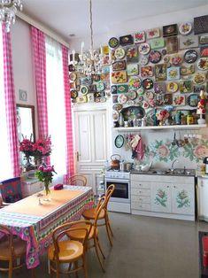 A visit to Susanne Bisovsky's salon in Vienna. Photos & text by Glenn Belverio Boho Kitchen, Vintage Kitchen Decor, Kitchen Design, Vintage Salon Decor, Dream Decor, Vintage Fabrics, Cottage Chic, Home Decor Inspiration, Interior Styling