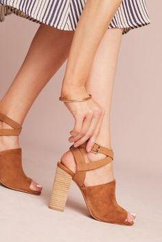 d0b87706e8 852 Best Shoes images   Accessories, Ankle straps, Boots