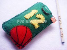 Basketball fan Pyo handmade felt cell phone by PyoHandmadeShop, $10.90