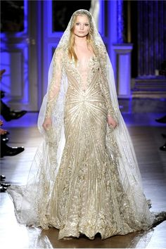 Sfilata Zuhair Murad Paris - Alta Moda Primavera Estate 2012 - Vogue