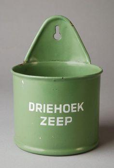 """Groene wandhouder voor doos """"Driehoek zeep"""" #emaille"""