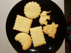 Petits gâteaux secs : Recette de Petits gâteaux secs - Marmiton