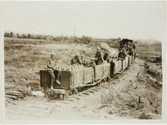 France - Light railway carrying ammunition - State Library New South Wales World War One, First World, Black Watches, Old Trains, Rolling Stock, Felder, Needful Things, South Wales, Military History