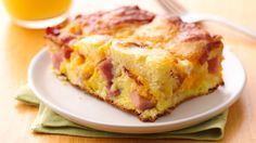 Puffed Pancake Brunch Casserole made wth Bisquick! Honorable Mention Bisquick® Recipe Contest Gather family for a bacon and ham, double cheesy, puffy pancake - great morning, noon or night. Pancake Casserole Recipe, Brunch Casserole, Casserole Recipes, Quiche Recipes, Egg Casserole, Breakfast Bake, Breakfast Dishes, Breakfast Recipes, Breakfast Ideas