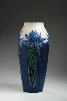 Harriet Coulter Joor, artist, Newcomb Pottery