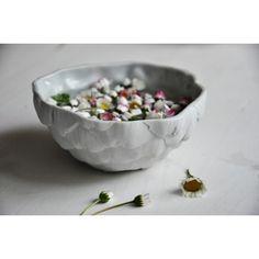 miska artyčok Cool Presents, Pavlova, Porcelain Ceramics, Artichoke, Serving Bowls, Blueberry, Decorative Bowls, Christmas Gifts, Fruit