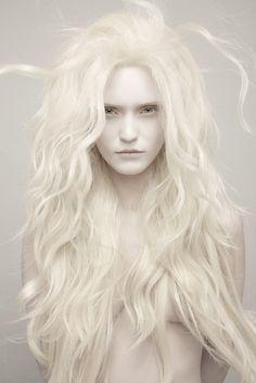 Frisur für die Hexe                                                                                                                                                                                 Mehr