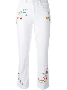Shoppen Tory Burch Bestickte Cropped-Jeans von Boutique Mantovani aus den weltbesten Boutiquen bei farfetch.com/de. In 400 Boutiquen an einer Adresse shoppen.