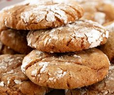 These soft gingerbread crinkle cookies are easy to make, full of spiced flavor and coated with sugar. Plus, tips on how to bake the softest-ever cookies! Dutch Oven Bread, Dutch Oven Recipes, Crinkle Cookies, Southern Buttermilk Biscuits, Coconut Flour Pancakes, Holiday Cookies, Gingerbread Cookies, Cookie Recipes, Biscuits