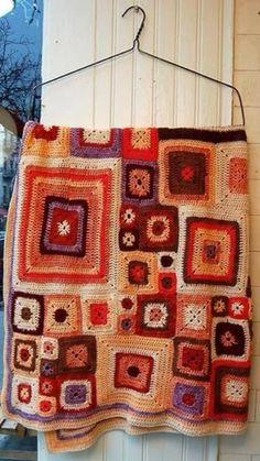 Crochet Quilt, Crochet Squares, Crochet Granny, Crochet Blanket Patterns, Knit Crochet, Crotchet Blanket, Crochet Crafts, Crochet Projects, Sewing Crafts