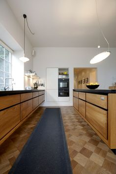 31 Modern Kitchen Suggestions Every Residence Prepare Demands to See Kitchen And Bath, New Kitchen, Kitchen Black, Kitchen Interior, Kitchen Decor, Ikea Interior, Kitchen Buffet Cabinet, Small Space Interior Design, Modern Kitchen Design