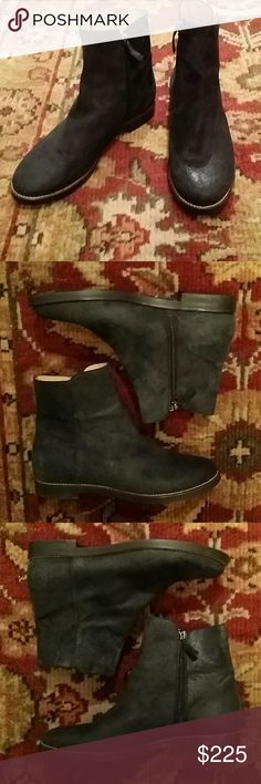 Maison martin margiela  suede ankle boots 39 Beautifully made suede boots with a vintage like  suede finish, inside zip, vented at outside ankle, inside zip, made in Italy, mm6 collection,  very good condition, size 39 Maison Martin Margiela Shoes