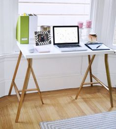 21 Gorgeous Ikea Desk Hacks you can do on a Budget! 21 Gorgeous Ikea Desk Hacks you can do on a Budget!If you're on the hunt to find the perfect Ikea desk hack for your home or workspace – the Ikea Hacks, Desk Hacks, Hacks Diy, Ikea Desk, Diy Desk, Ikea Ikea, Ikea Workspace, Ikea Linnmon Desk, Diy Furniture Projects