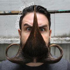 """Tudo começou em 10 de setembro de 2012. Isaías Webb adicionou uma foto em seuInstagram do que chamou de sua """"A barba Lorax"""". A foto se tornou um grande viral, a partir daí nasceu """"Incredibeard"""". Só no Instagram são mais de 100 visuais exóticos já criados e compartilhados. Cerca de dois anos depois, morador nativo...<br /><a class=""""more-link"""" href=""""https://catracalivre.com.br/geral/invencoes-ideias/indicacao/as-barbas-exoticas-e-originais-do-incredibeard/"""">Continue lendo »</a>"""