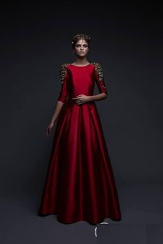 Mis Queridas Fashionistas: Chana Marelus Fall Winter (Evening dresses and wedding) Indian Wedding Gowns, Indian Gowns, Bridal Gowns, Wedding Dresses, Lace Wedding, Pretty Dresses, Beautiful Dresses, Evening Dresses, Prom Dresses