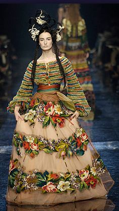Jean Paul Gaultier Haute Couture Fall/Winter 2005-06