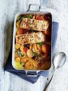 Asian salmon & sweet potato traybake by Jamie Oliver Salmon Recipes, Seafood Recipes, Cooking Recipes, Healthy Recipes, Tray Bake Recipes, Dishes Recipes, Potato Recipes, Sweet Recipes, Recipies
