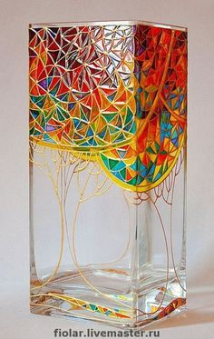 Inexpensive Floor Vases Ideas Easy And Cheap Cool Tips: Square Vases Centre Pieces modern vases utensil holder.Wall Vases Branches vases crafts for kids. Glass Painting Patterns, Glass Painting Designs, Stained Glass Patterns, Stained Glass Art, Glass Bottle Crafts, Bottle Art, Glass Bottles, Vase Design, Patio Design