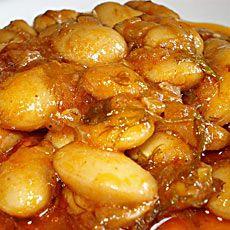 Γίγαντες στο φούρνο - Gigantes sto fourno - Greek Giant beans in the oven