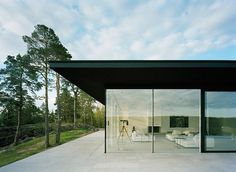 Dream home.. Lots of glass