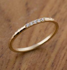 Engagement Rings Vintage Rings Fashion Women Ring Earrings Fashion 2019 Oval Cut Diamond Engagement Rings Emerald And Diamond Ring Diamond Bands, Gold Bands, Yellow Gold Rings, White Gold, Rose Gold, Quartz Ring, Ring Verlobung, Vintage Engagement Rings, Vintage Rings