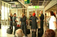 Bildergebnis für letzter flug air berlin crew weint