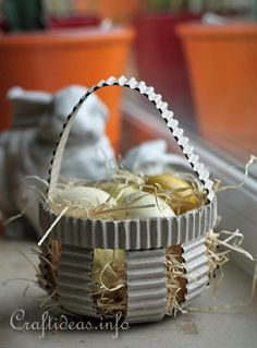 Corrugated Paper Easter Basket 1