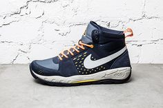 Nike Acg Air Alder Mid