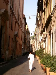 On my to do list in Rome ...a leisurely stroll all in white
