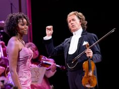 Andre Rieu with Kimi Skota