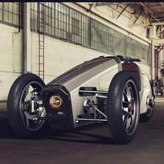Say Hell yeah⚡✌ Incredible tilting EV/ 3 wheeler by Pablo Dechaves from #tenerife This and other Pablos designs are now on EvNerds.com… Tricycle Bike, Trike Motorcycle, Motorcycle Design, Homemade Go Kart, Concept Motorcycles, Reverse Trike, Drift Trike, Bike Style, Pedal Cars