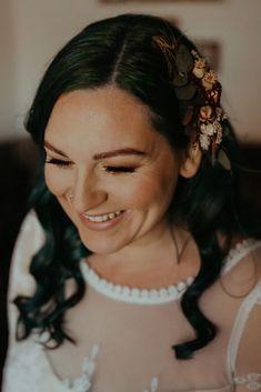 Bridal Make Up, Wedding Make Up, Moss Bros, Hair Accessory, Makeup Looks, How To Memorize Things, Hair Makeup, Barn, Bridesmaid