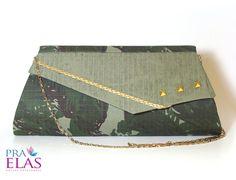 Bolsa Carteira : Militar : Ref 002 - http://www.elo7.com.br/bolsaspraelas  Acompanha corrente metalizada.  Fechamento com botão magnético na aba.