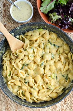 An easy, delicious Syn Free One Pot Creamy Zucchini Pasta that the whole family will love. All ready and on the table in less than 30 mins.