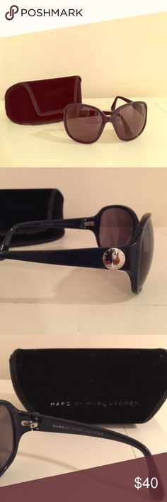 Marc by Marc Jacobs oversized navy sunglasses Marc by Marc Jacobs oversized navy pearlized sunglasses with velvet case.  Silver round logo piece on temples.  There is wear on the case itself but the glasses are in excellent condition.  Open to offers. Marc by Marc Jacobs Accessories Sunglasses