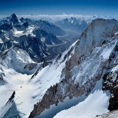 Absolutely breathtaking! 23-11-2013 lecture about surviving on K2.